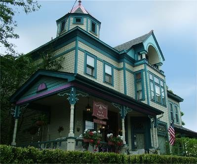 The House Here Was Originally Built In 1890 And When It Became A Bed Breakfast Inn 1990 S Owners Found That They Were Not Alone